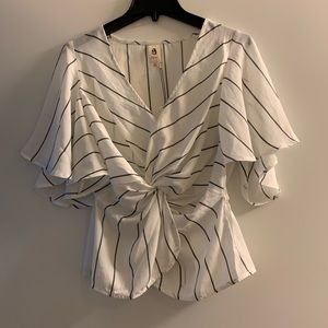 Vici Dolls flowy knot front Blouse NWT